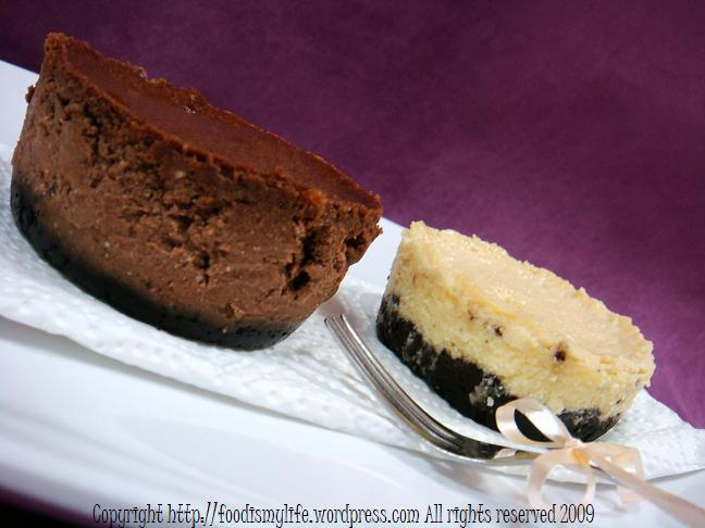 London Cheesecake and Chocolate Cheesecake say cheese!
