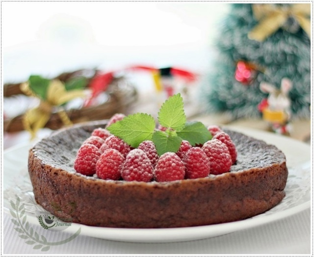 flourless choc cake 039